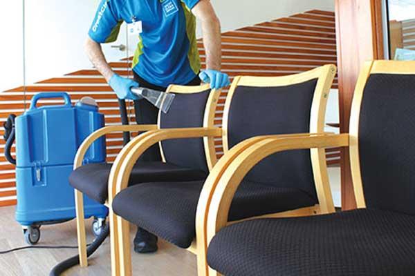 sandalye-yikama-hizmeti